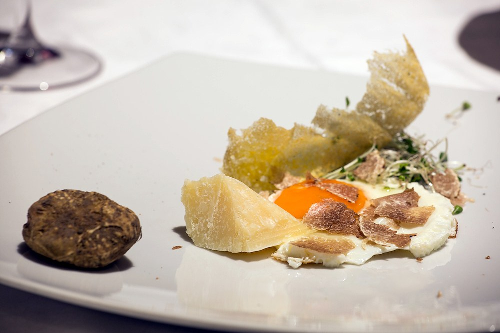 uova al tartufo ricetta
